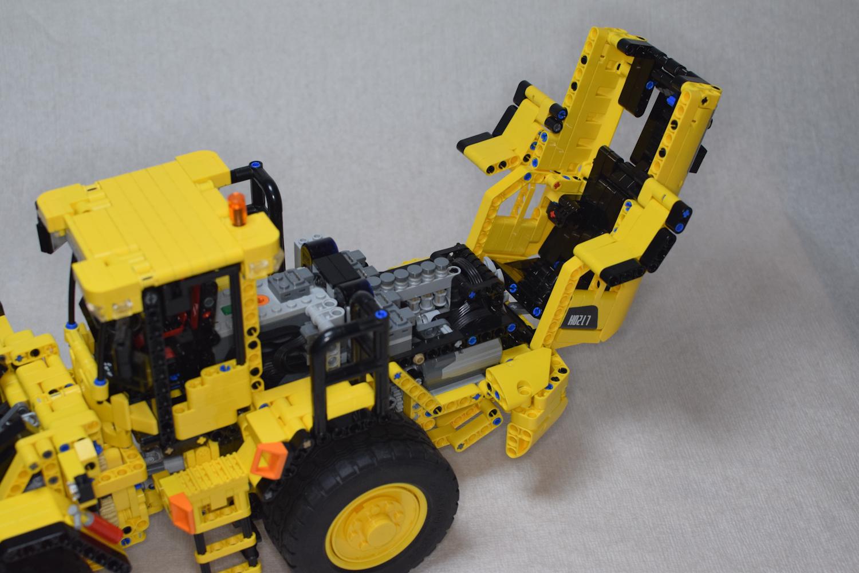 Volvo_L120H_1-17_pic-12.jpg
